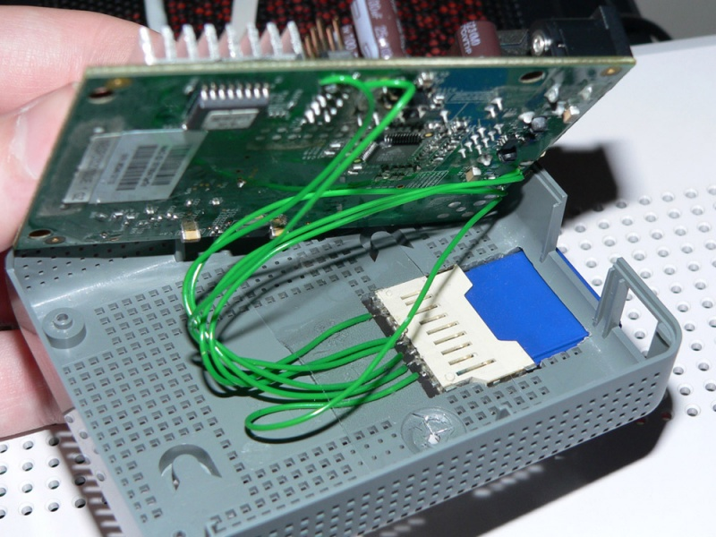 Image:Fonera card reader Wired-up.jpg